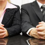 Body Language Do's and Don'ts in Interviews